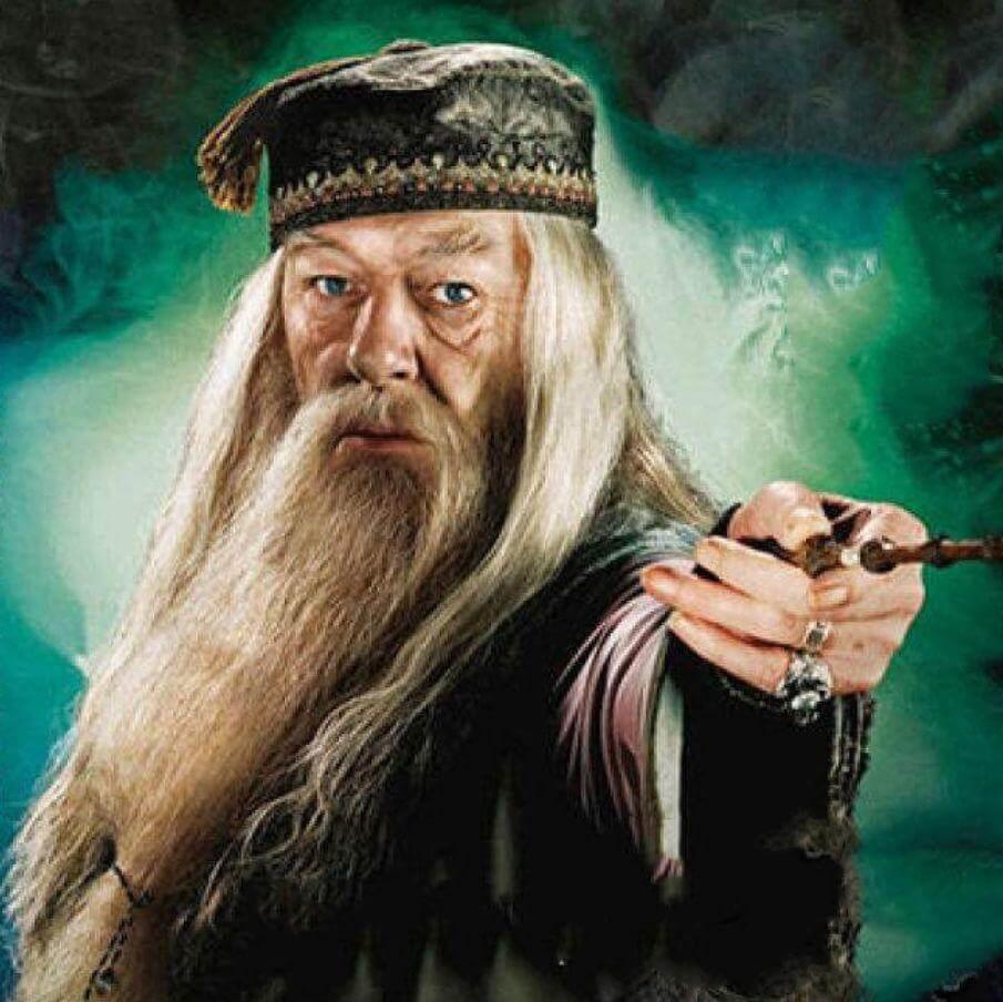 李开复:如果我有一支魔法棒,我会让教室里的所有东西都消失、从零开始-黑板洞察